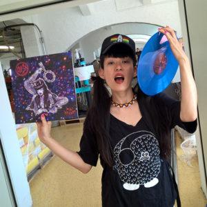 Kiki Hitomi at the vinyl pressing plant