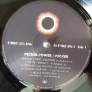Pecker_05
