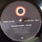Pecker_06